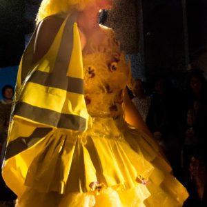 Poules 3 Dékra , gilet jaune , Photo Jean Soum